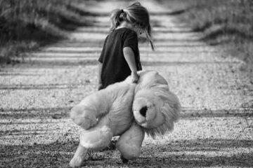 Παιδικό τραύμα και 6 τρόποι φροντίδας - Άγγελος Λεβέντης Ψυχοθεραπευτής